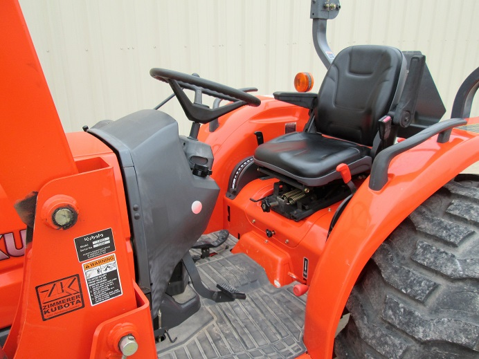 Kubota L4330 | Dan's Equipment Sales
