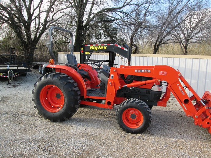Kubota L4330 HST | Dan's Equipment Sales