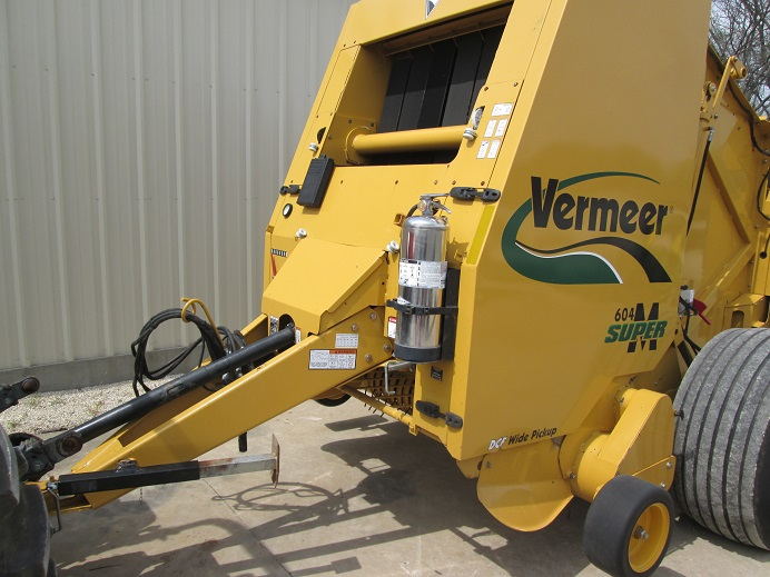 Vermeer 604 Super M Round Baler | Dan's Equipment Sales